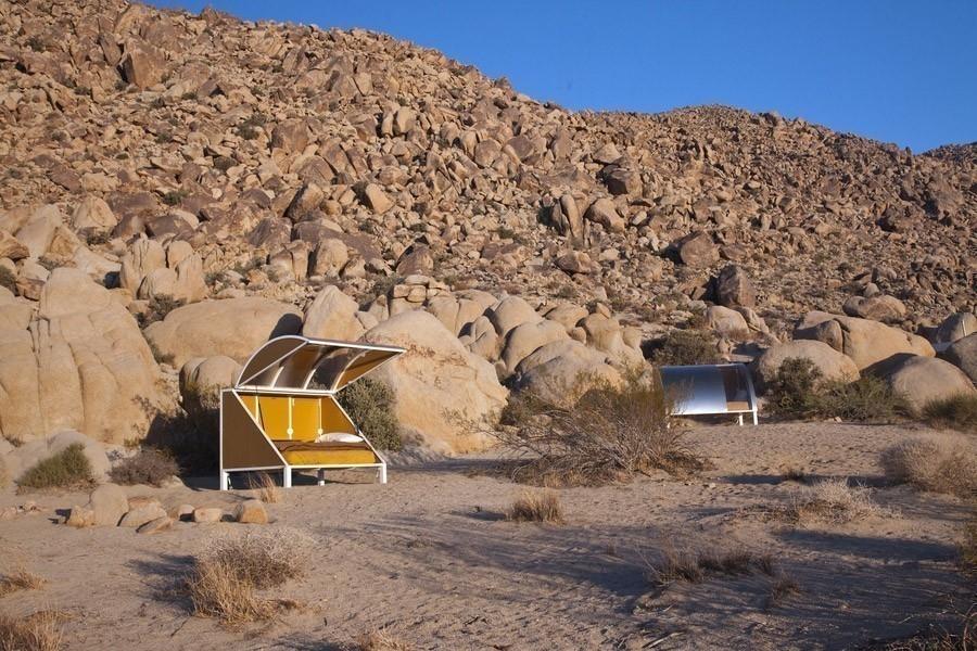 Andrea Zitte- dormir en el desierto