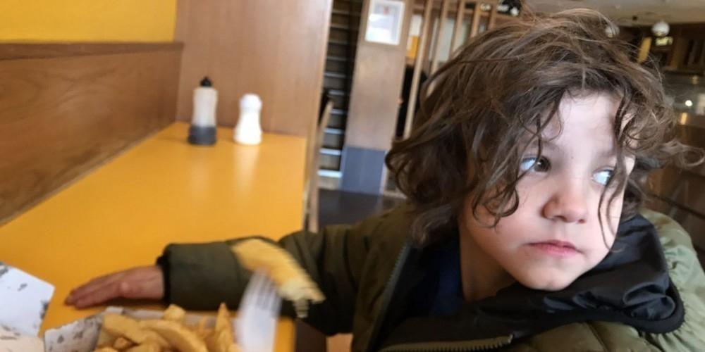 Reilly Stephenson, tiene 6 años y tiene autismo
