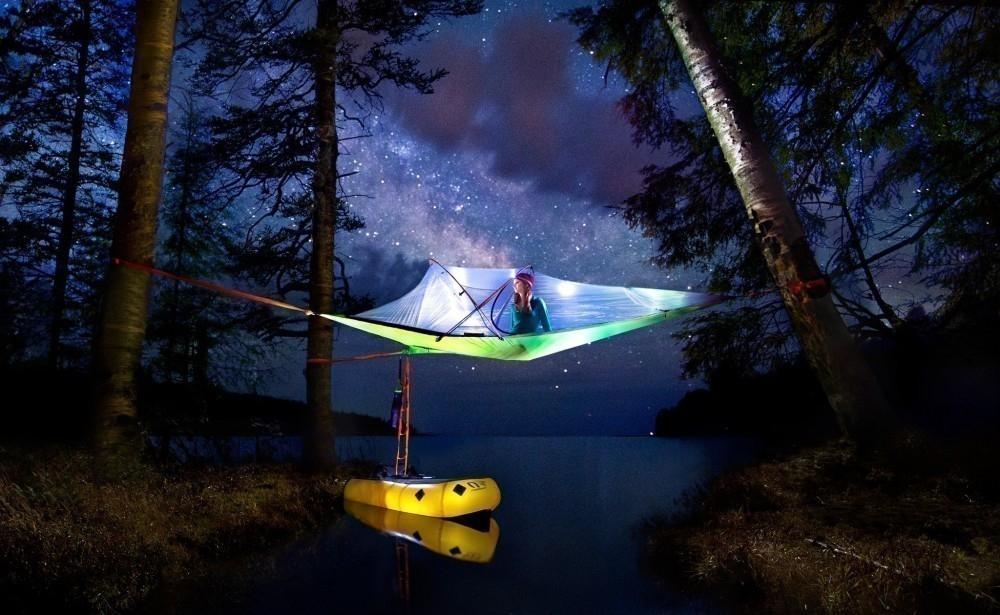 Tentsile - noche lago