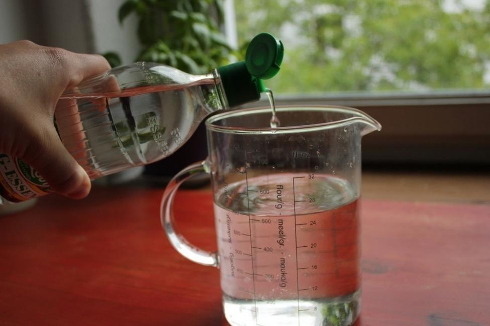 quitar sarro de pava o tetera- truco natural con vinagre
