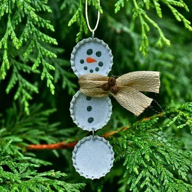 20 ideas navideñas para decorar tu hogar en menos de una hora- adorno muñeco de nieve