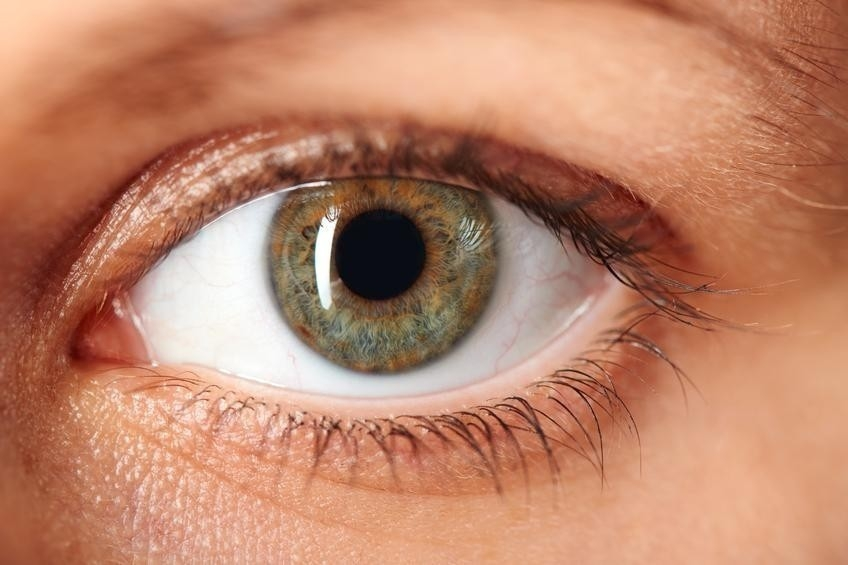 ¿Cuáles son las cosas que flotan en tu ojo?