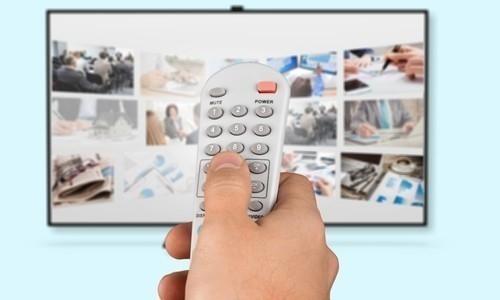 ver televisión está inversamente asociado con la ingesta de frutas y verduras
