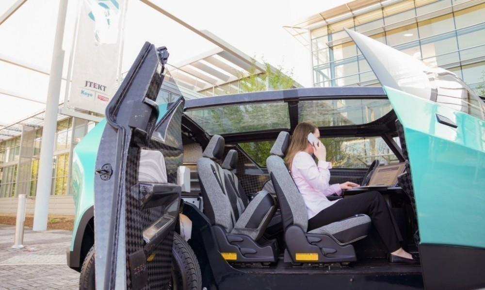 Un auto eléctrico, ¡con interior flexible! - uBox- interior