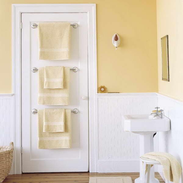 spacious-door-towel-rack-OQFPw