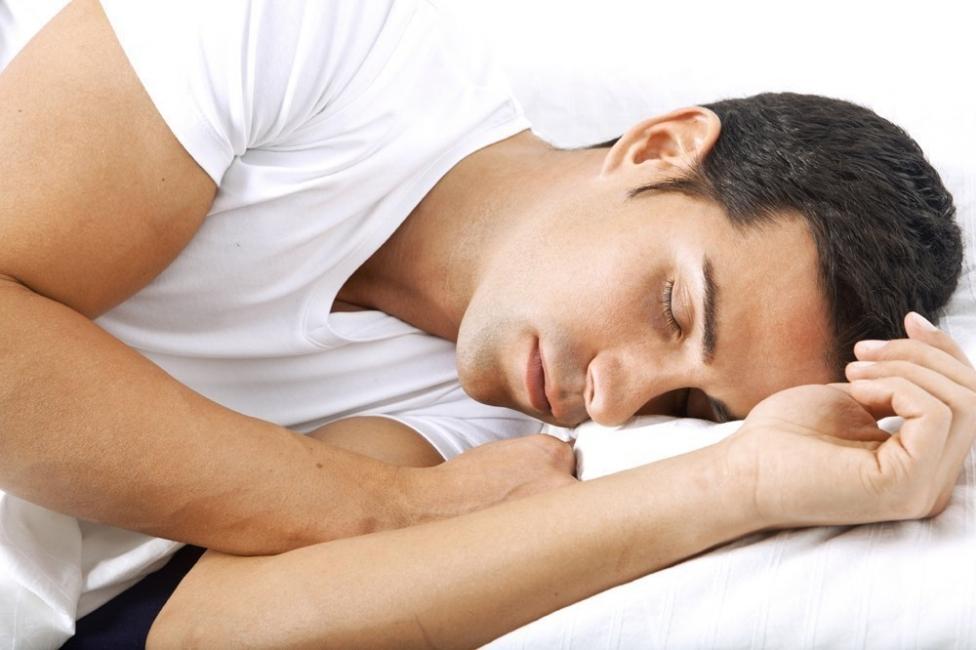 dormir del lado izquierdo de tu cuerpo-favorece al bazo