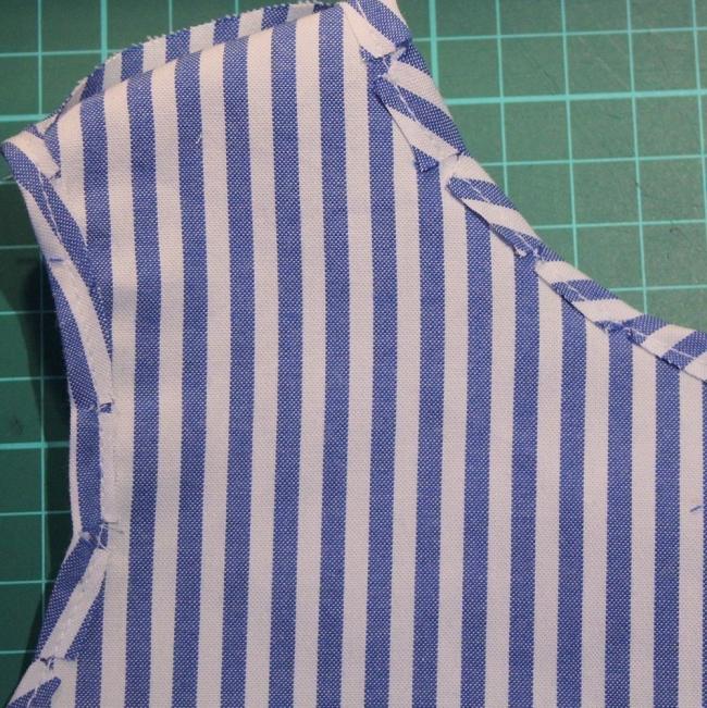 convertir una vieja camisa en un vestido de niña-  dobladillo