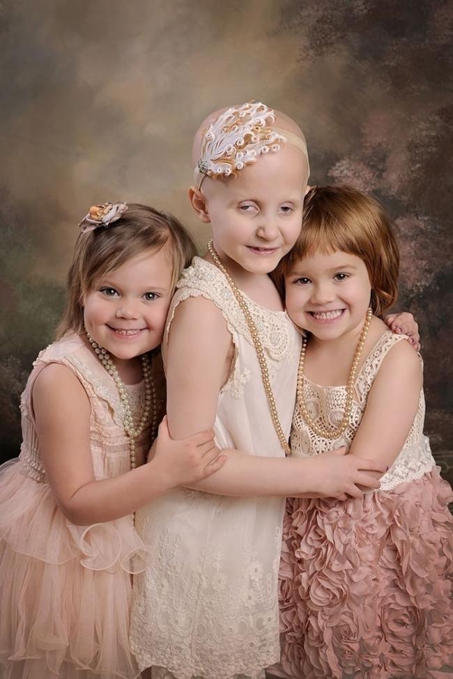 En aquel entonces Rylie, de 3 años, Rheann, de 6, y Ainsley, de 4