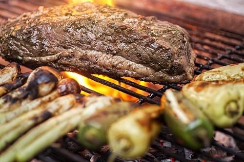 El compuesto presente en las carnes rojas puede promover la inflamación, la artritis y el cáncer.