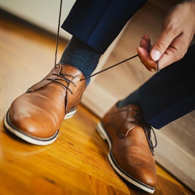 truco para agrandar zapatos
