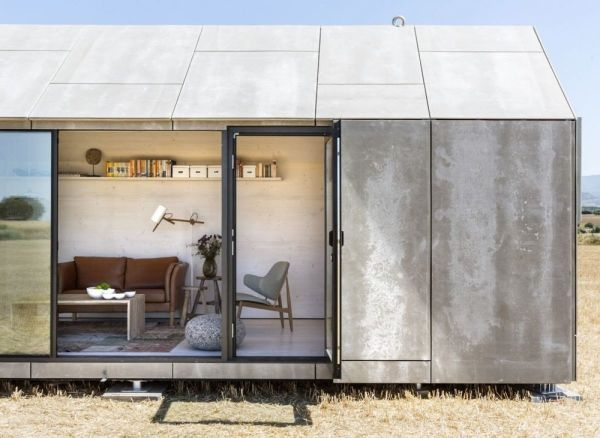 23_Little-Concrete-House-on-the-Prairie_0-f (1)