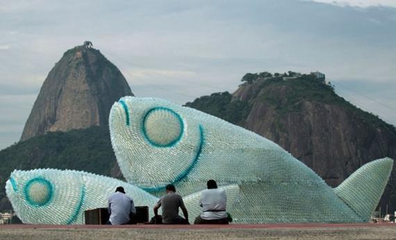 escultura botellas ecologica 3