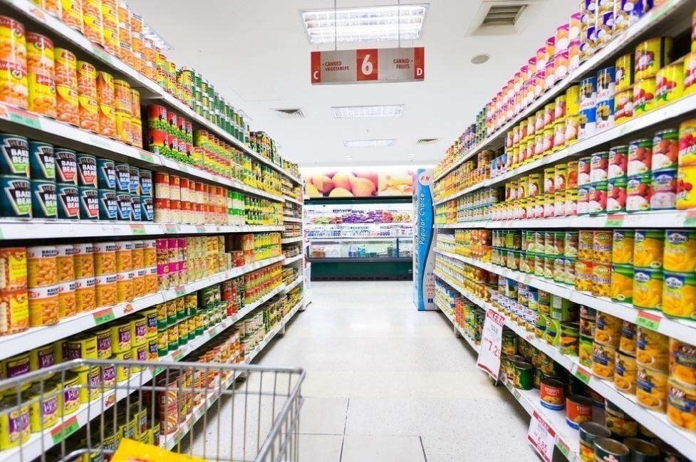 Ley prohibe tirar alimentos a la basura - supermercados