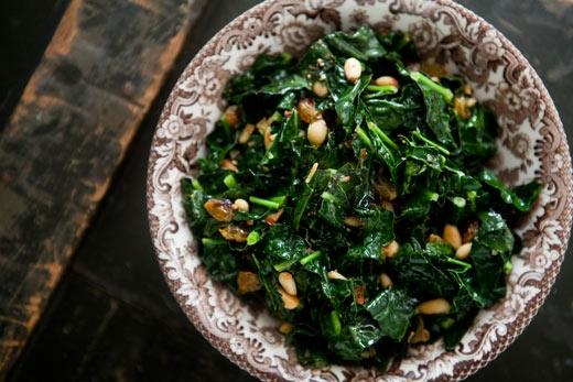 kale-pine-nuts-raisins-a