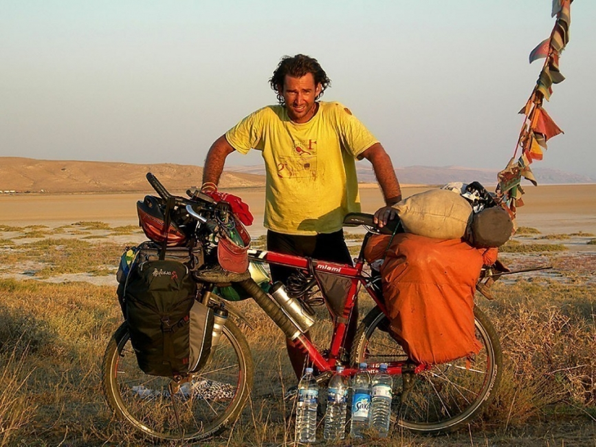 argentino viaje bicicleta