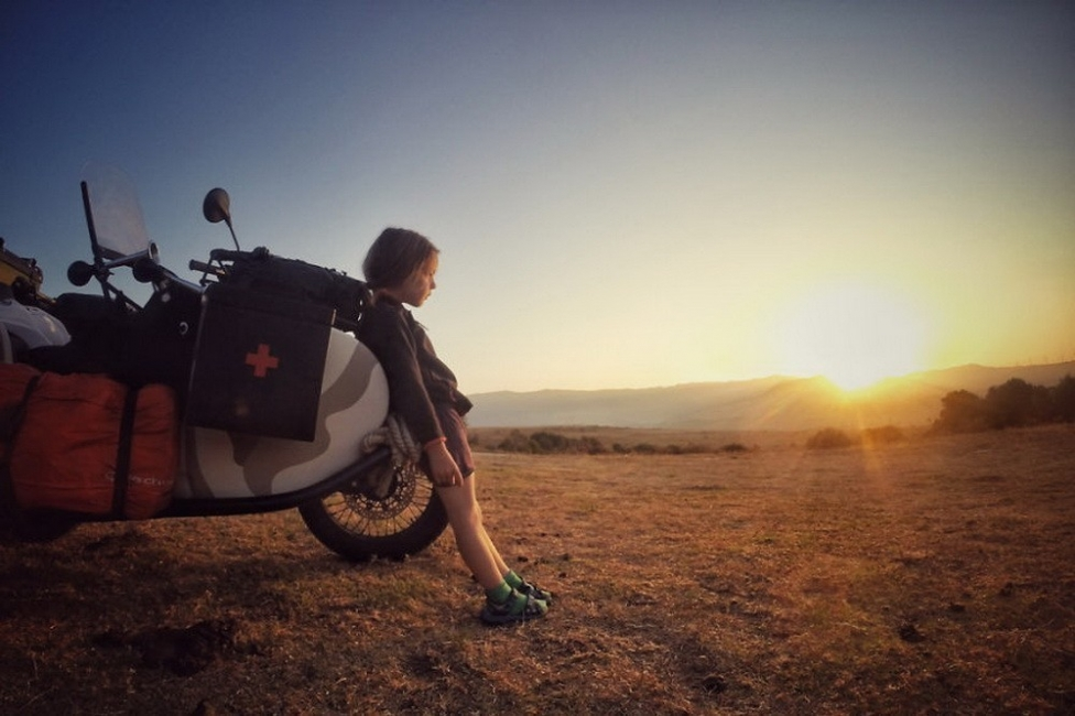 viajar con un niño pequeño-Atardecer en España