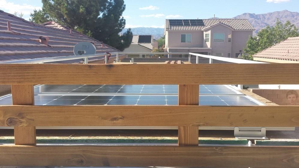 Recorrer el mundo en casa rodante - paneles solares