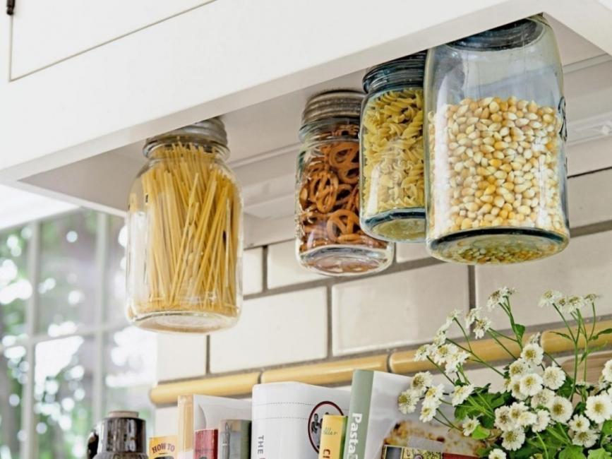 ideas para cocinas- especieros con frascos