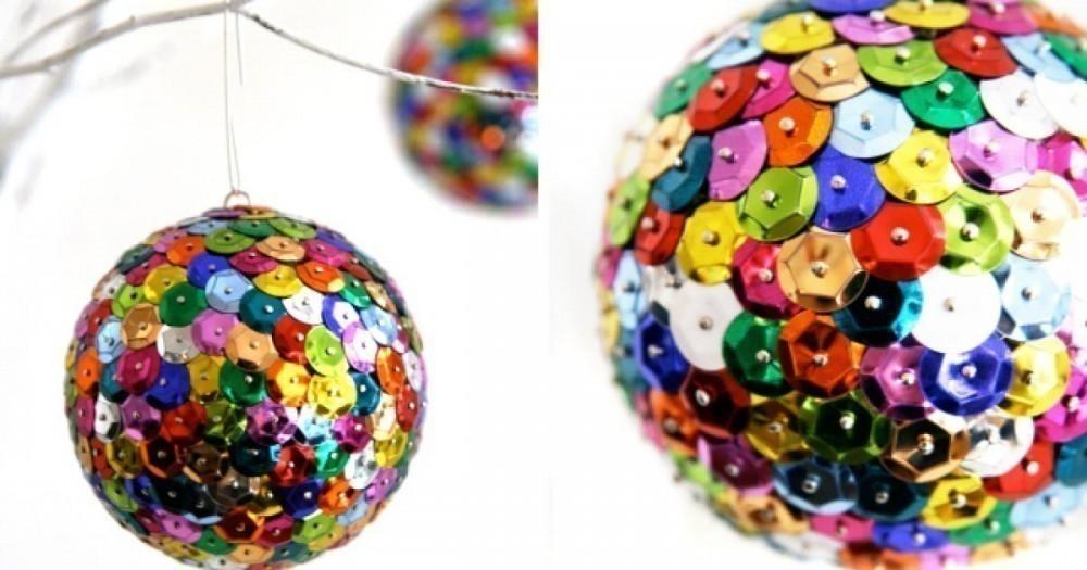20 ideas navideñas para decorar tu hogar en menos de una hora- esferas