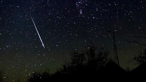 las lluvias de estrellas se producen varias veces al año