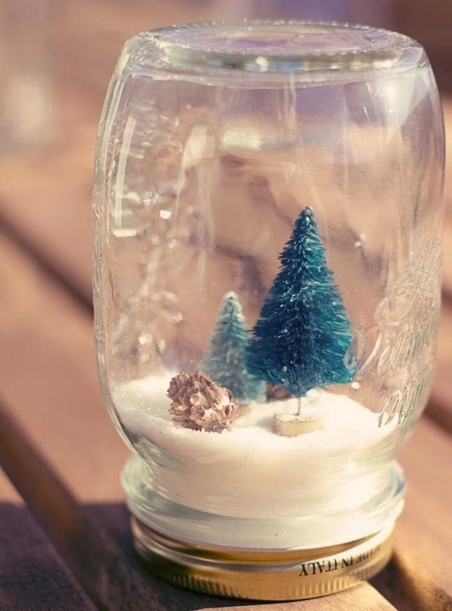 20 ideas navideñas para decorar tu hogar en menos de una hora- bola de nieve