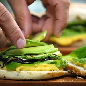 11140_sandwich_vegetariano_paso_05