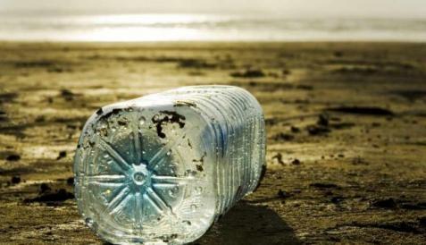 botella que se llena sola (4)