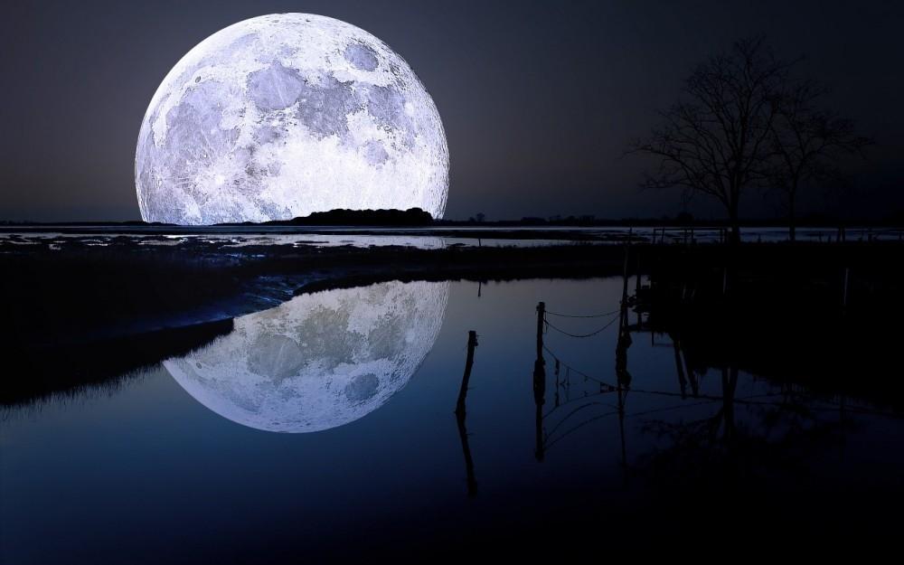 curiosidades sobre la luna- alejamiento de la tierra