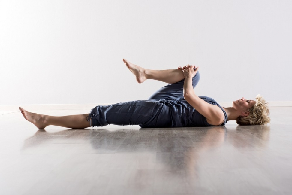 ejercicios para estirar el psoas- rodilla