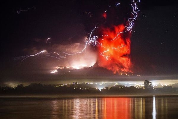 erupcion-del-volcan-calbuco-2031136h430