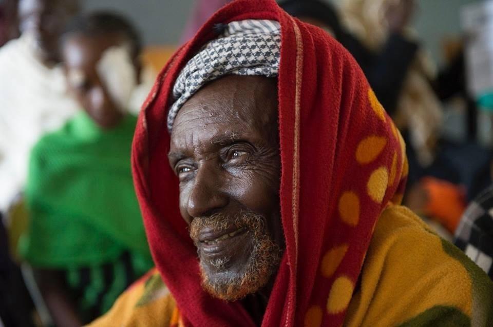 Doctores solidarios curan ceguera - paciente curado