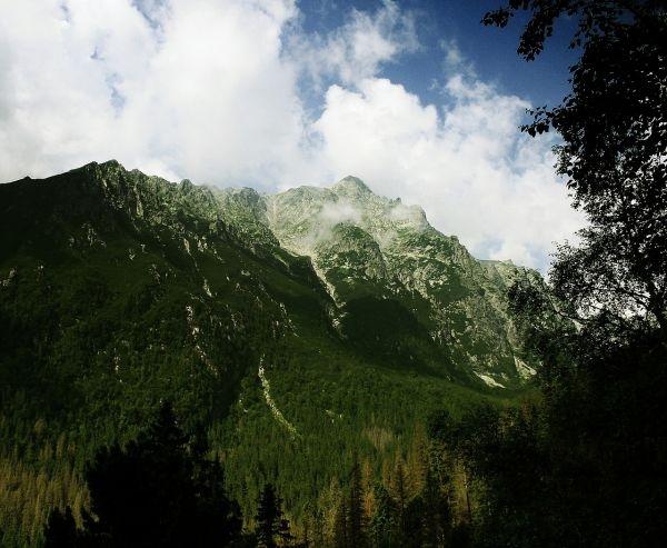 mountain-265574_1280