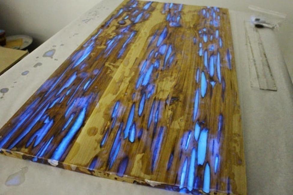 hacer una mesa que brilla en la oscuridad- tablón
