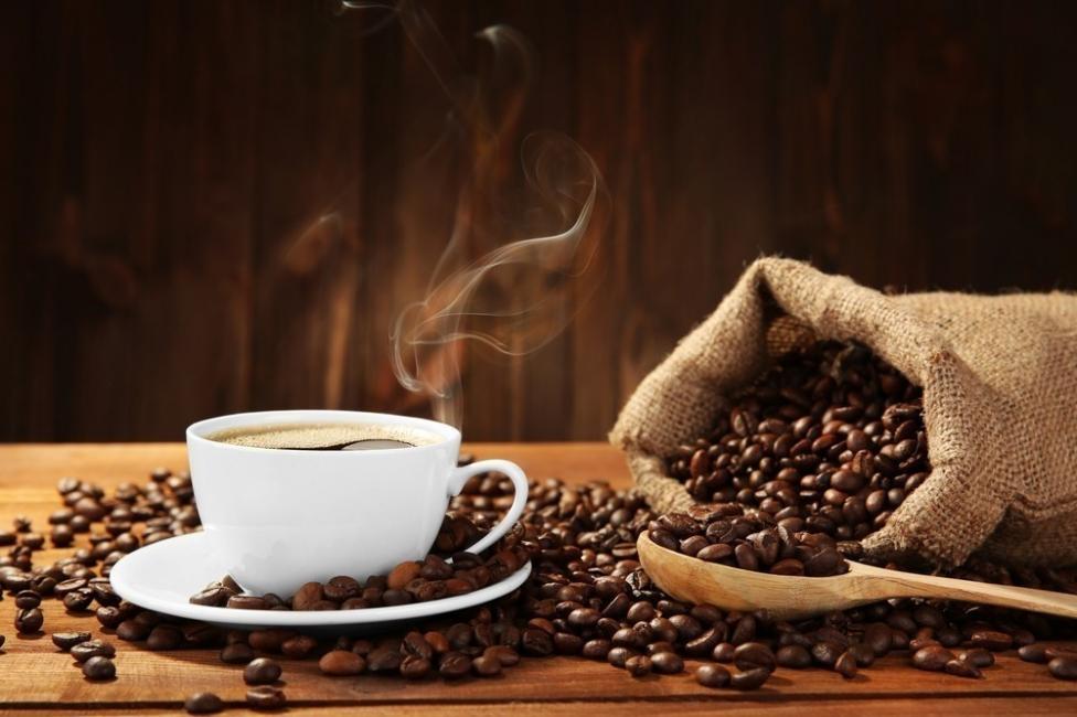 El estudio no puede probar que la cafeína reduzca el riesgo de muerte en pacientes con ERC, pero solo sugiere la posibilidad de tal efecto protector