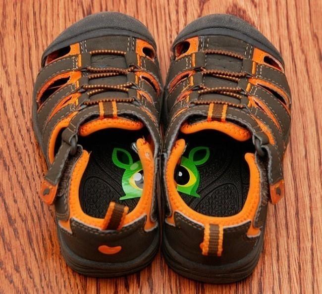 Trucos para cuidar niños en el hogar - para no ponerse el zapato al revés
