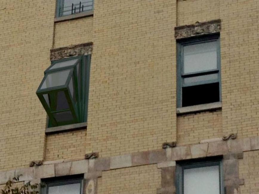 Ventana-balcón extensible para apartamentos pequeños- visión exterior