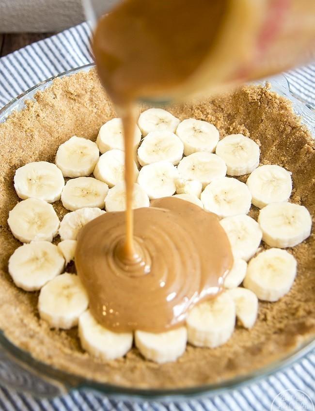 preparacion del pastel de banana cremoso