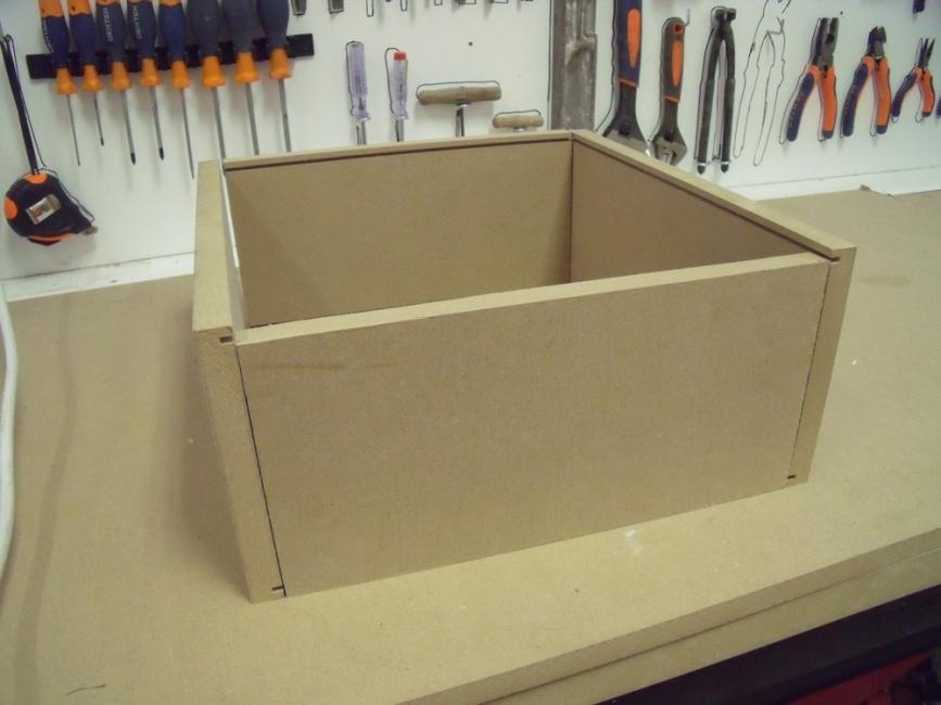 Armar una caja de madera
