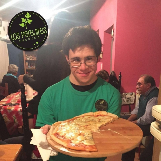 los perejiles pizza party