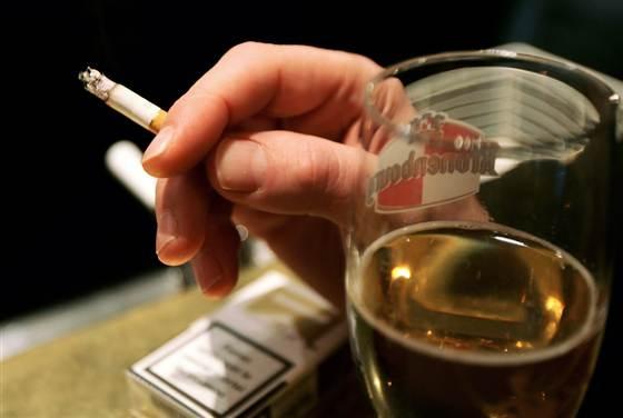 Salud Bebida y Cigarrillo 1