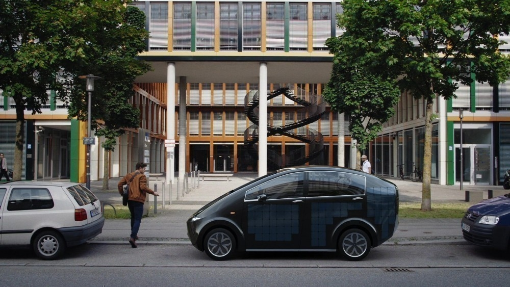 El coche eléctrico aleman que produce su propia energía