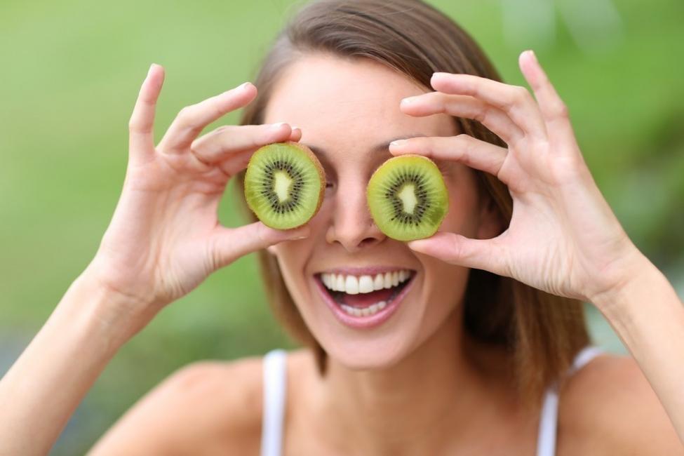frutas para desintoxicar el cuerpo - kiwi