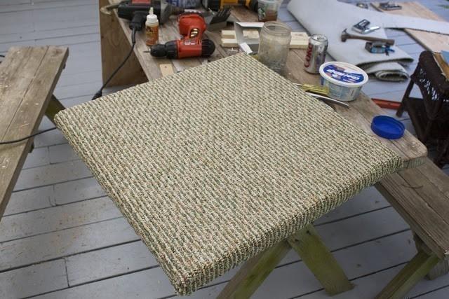 torre para gatos- cubrir con alfombra