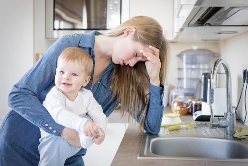 Las madres trabajan en promedio 14 horas por día