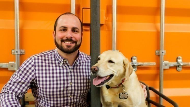 empresa kurgo- beneficios mascotas en el trabajo