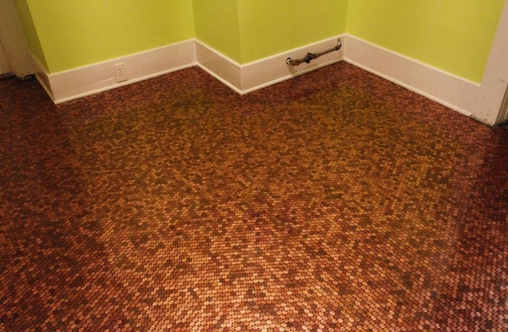ideas alternativas para redecorar tus pisos - monedas