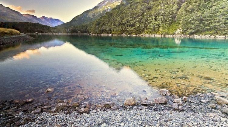 lago nueva zelanda colores