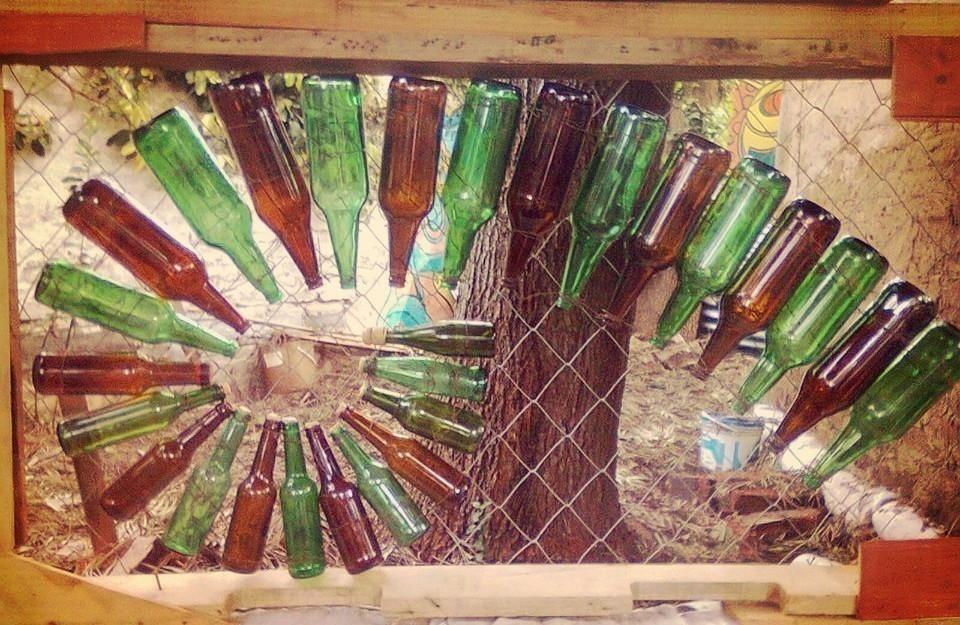 ventana con botellas de vidrio - paso a paso