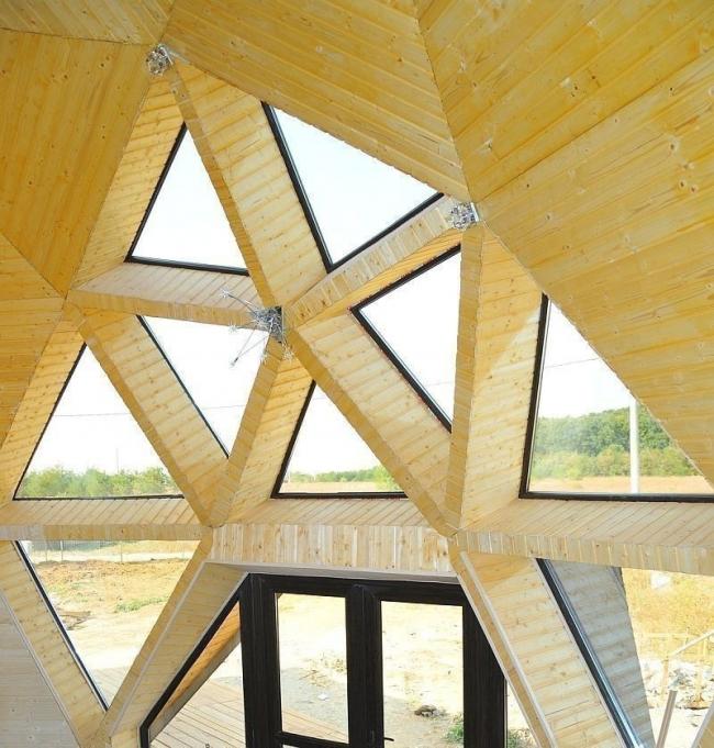 Casas geodésicas construidas con poco dinero- ventanas