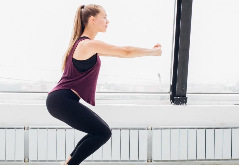Sentadillas ejercicio piernas y glúteos